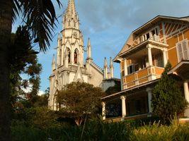 Casa com estilo normando na rua mais elegante de Petrópolis