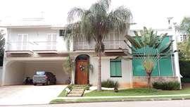 Casa Condomínio Tivoli Park à Venda