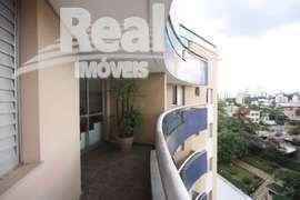 Duplex reformada em Pinheiros !