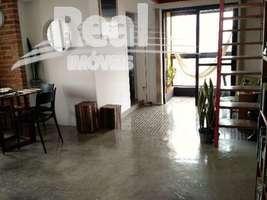 Cobertura duplex em Pinheiros. Ótima localização. 2 vagas. Área externa privativa e lazer com piscina !