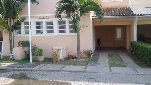 Alugar casa 3 quartos em condomínio fechado - Bairro da Glória