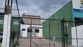 Comercial com Escritório para Locação Wanel Ville