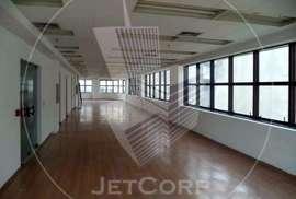 Sala Comercial à venda no Centro com 4 garagens - metrô - 188 m²