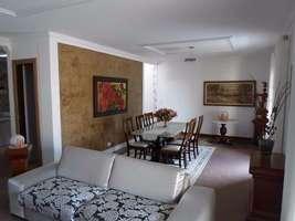 Casa Duplex 180m² área central próximo a Praia Guaratuba
