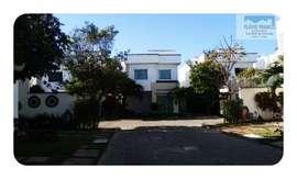 FFCDC040-EUSÉBIO-Linda Casa em Condomínio, Área 150m², 3 Quartos sendo 3 Suítes