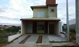 Casa à Venda Condomínio Santinon