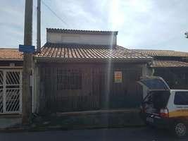 Casa à Venda Jardim Maria do Carmo