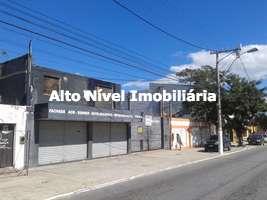 Galpão em construção com 600 m² em São Cristóvão
