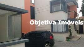 Casa triplex nova, 3 quartos, 2 vagas, Portinho - Cabo Frio