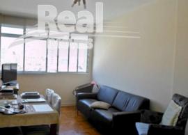 Apartamento no miolo de Pinheiros. Amplo, 1 vaga. 2 quarteirões do metrô Fradique.