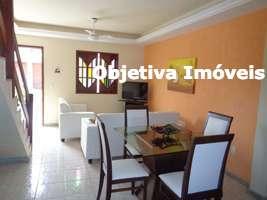 Casa duplex, 2 quartos, 1 vaga, mobiliada, Peró - Cabo Frio - RJ