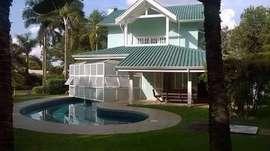 Casa à Venda Condomínio Lago Azul