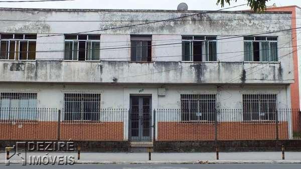 Apartamento á venda em Resende-Centro