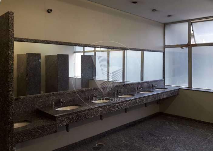 Escritório corporativo para locação próximo ao metrô para locação próximo ao metrô - 5.690 m² - R$ 45/m² – www.JetCorp.com.br