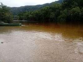 Terreno 7,5 hectares Com uma linda Praia em Santana de Pirapama MG