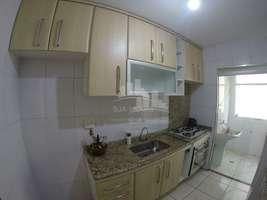 Vendo Apartamento de 2 dormitórios, 1 vaga, sacada, próximo ao metrô Belém