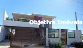 Magnífica mansão com 6 quartos no Blue Gardem, 2 vagas, Nova São Pedro - São Pedro D'Aldeia
