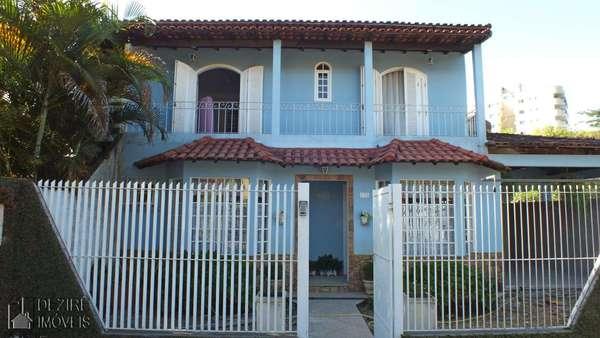 Casa á venda em Resende no Montese