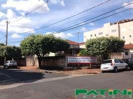 Casa comercial 3 dormitórios esquina Vila Sinibaldi á 100 metros marginal W Luis