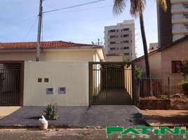 Casa de 2 dormitórios com 2 garagens Parque Estoril próximo Plaza Shopping