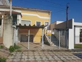 Casa p/ locação Santa Terezinha