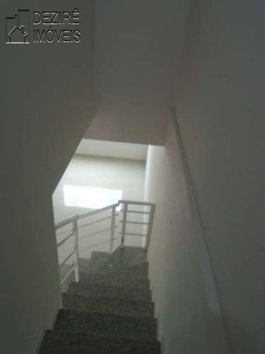Escada para 1°pavimento