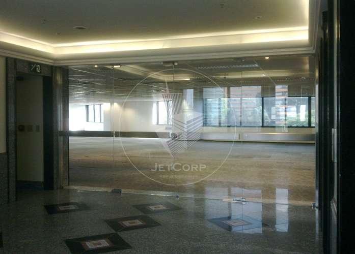 Laje corporativa Pinheiros/Faria Lima - metrô - locação - 1.550 m²