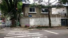Casa Comercial para locação na Vila Nova Conceição com 330m²
