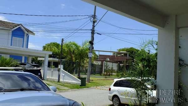 Casa em condomínio para Alugar no Limeirinha em Resende