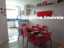 Casa duplex, 2 suítes, acabamento fino, mobiliada, 1 vaga, Ogiva - Cabo Frio - RJ