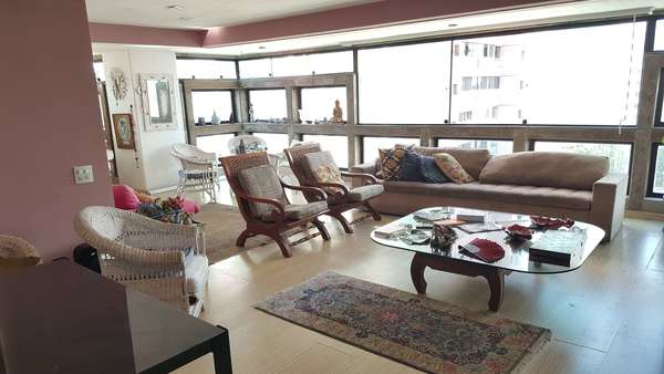 VENDO Apartamento na Orla da Barra da Tijuca