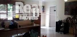 Casa reformada na Vila Romana. 3 quartos quintal e edícula, 2 vagas.