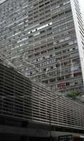Andar comercial com 700m² e 4 vagas em edifício icônico da Paulista