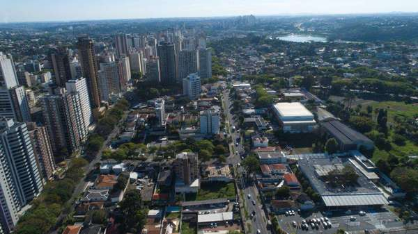 Apartamento Garden à Venda 3 Suítes Maison Champagnat - Curitiba