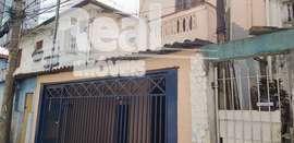 Sobrado de vila a venda no Bom Retiro! Amplo, próximo ao metrô.
