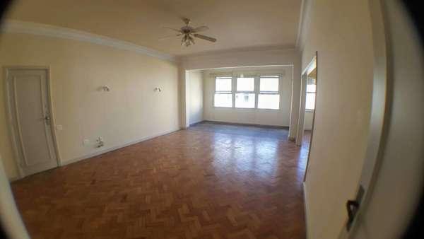 VENDO Apartamento 3 quartos vaga Copacabana POSTO 5