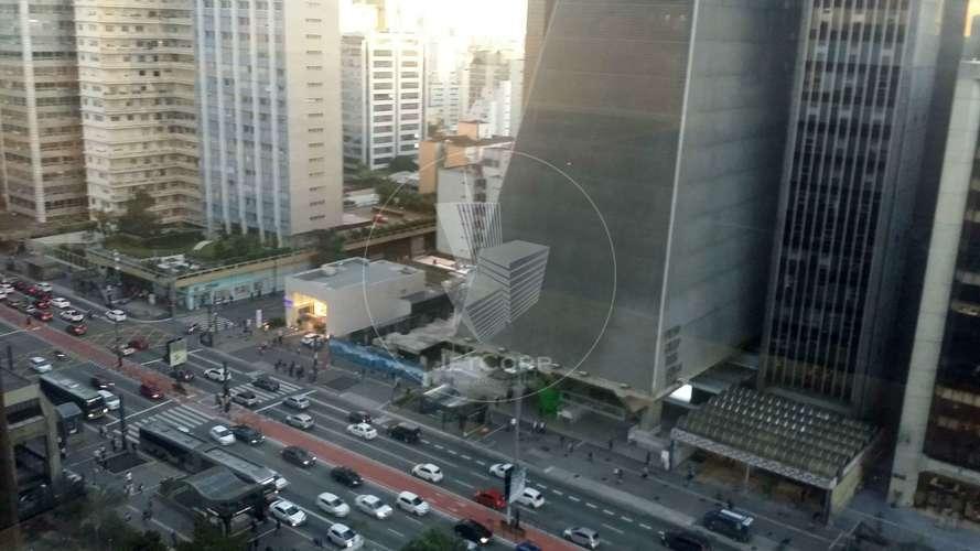 Sala comercial corporativa na Paulista - metrô - Triple A - 2.219 m² Locação.