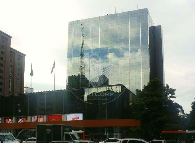 Escritório Corporativo na Paulista - metrô - Triple A - 1965 m² Locação.