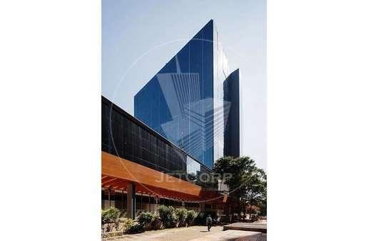 Escritório Corporativo na Paulista - metrô - Triple A - 8.368 m² Locação.