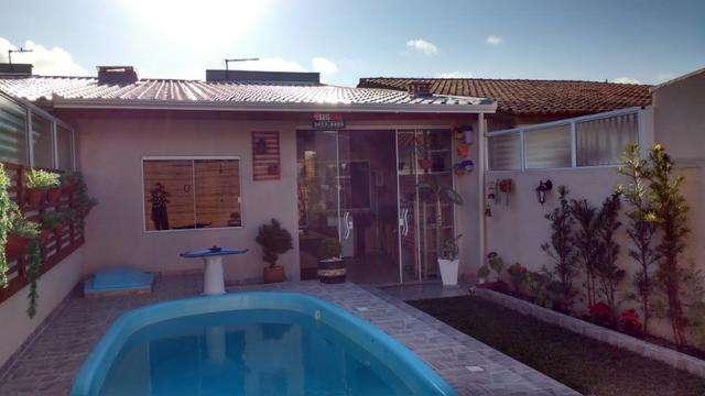 Casa à Venda 2 Quartos (1 Suíte) com piscina na praia de Coroados - Guaratuba