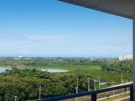 Apartamento de 4 dormitórios na Barra, Parqueamento com 8000 m² de lazer.