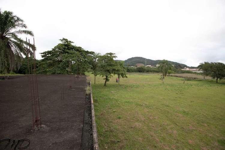 Área à Venda 18.000 m² de Frente a Baía de Antonina no Centro da Cidade