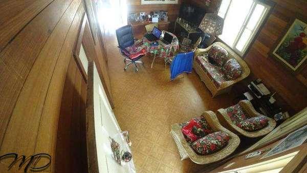 Casa à Venda 5 Quartos (2 Suítes) Amplo Terreno com Piscina e Edícula - Centro - Guaratuba