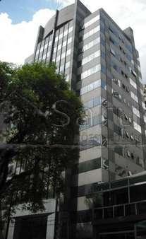 Conjunto comercial a venda no Paraíso com 105m² e 3 vagas