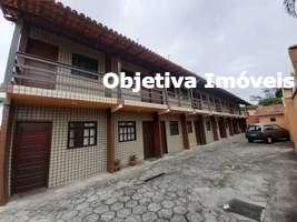 Quitinete em condomínio, quarto, cozinha e área, Palmeiras - Cabo Frio - RJ