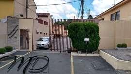 Sobrado à venda 3 Quartos em Condomínio Fechado Alto Boqueirão - Curitiba