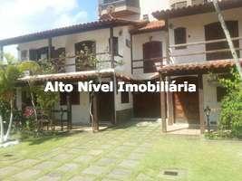 Casa em condomínio com 4 quartos a venda no Braga em Cabo Frio