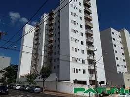 Apartamento amplo 1 dormitório 1 garagem elevador portaria diurna Vila Sinibaldi