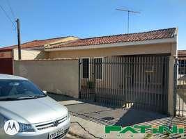 Casa 2 dormitórios 1 banheiro piscina Cidade Jardim próximo Max Muffato