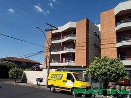 Apartamento amplo 1 dormitório 1 garagem escada Cidade Nova em frente da feira